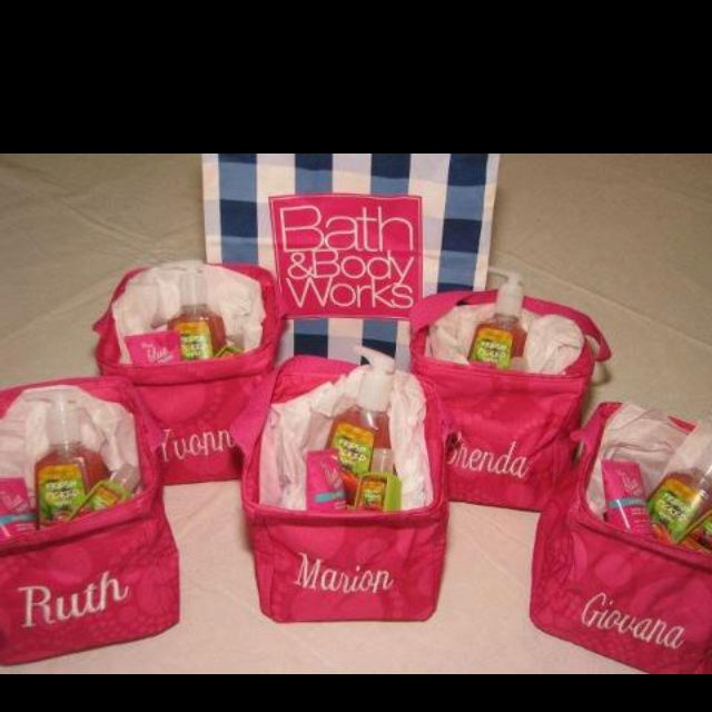 Awesome gift ideas - Cute idea for bridal party gifts!
