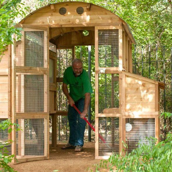 Round-Top Walk-In Chicken Coop   Urban Coop Company ...