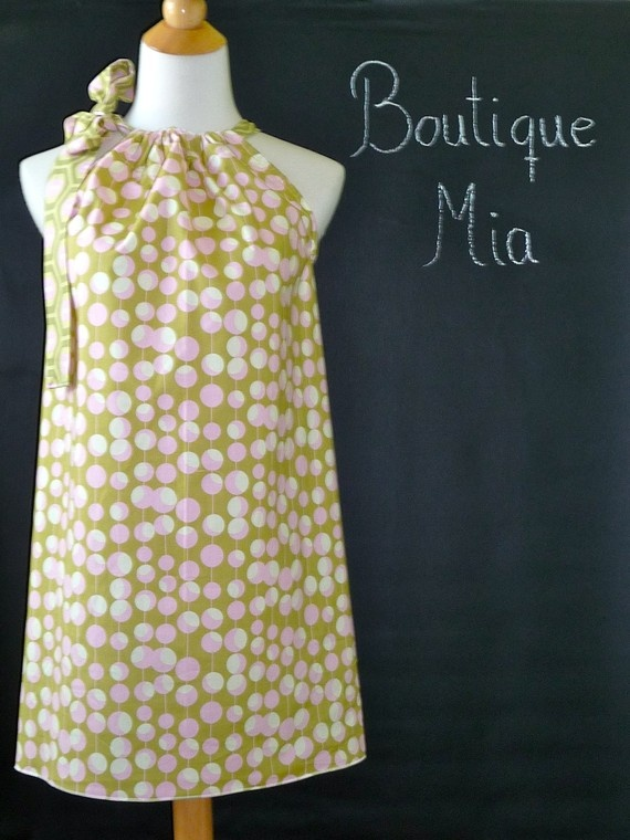 Pillow case dress/shirt for grown ups... totally want to make this!