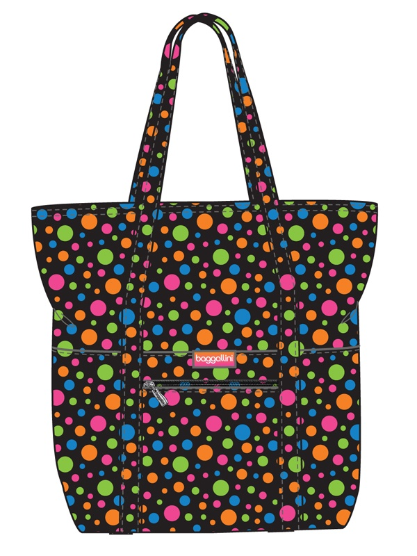 #baggallini is seeing dots...#baggspiration This bag will be great to take on trips.
