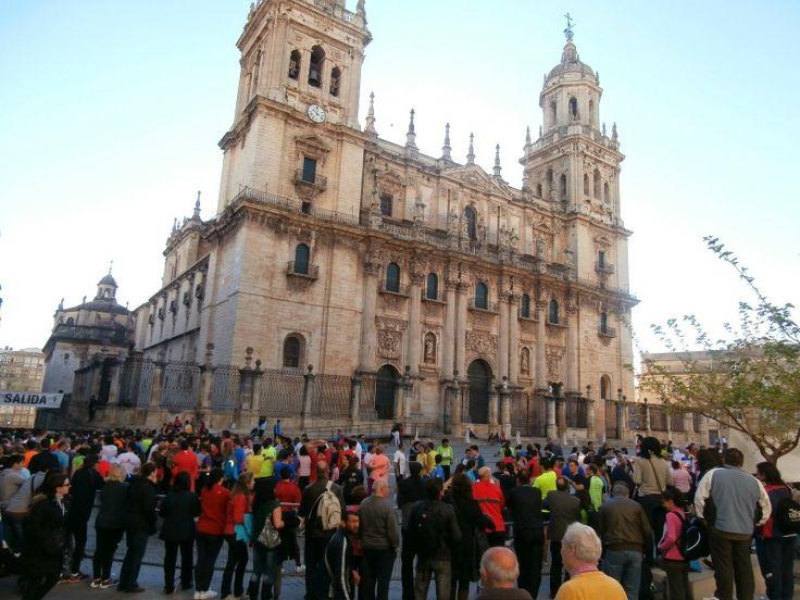Más de tres mil inscritos en la carrera popular por la Salud de Jaén, este domingo