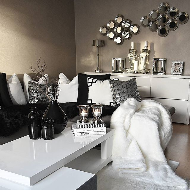 Best Black White Silver Living Room Kortenstein Black And 640 x 480