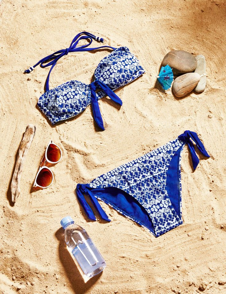 Blue and white ethnic print swimsuit - http://www.jennyfer.com/en-gb/collection/maillots-de-bain/blue-and-white-ethnic-print-swimsuit-10009550098.html