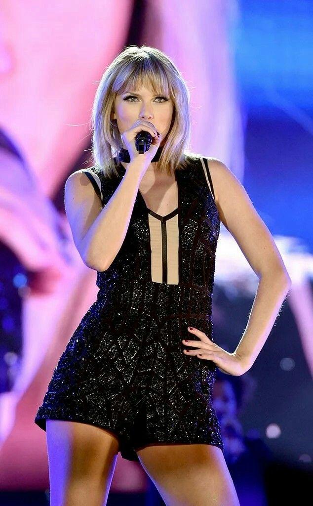 Taylor performing at the Formula 1 Grand Prix in Austin, Texas 22.10.2016