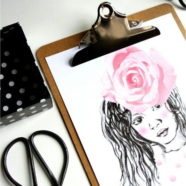 #hello #thursday ! Maleńka przerwa w pracy na #new #blogpost . Zapraszam! #drawing #poster #graphic #illustration by #madivacreative