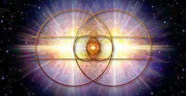 """Her canlı varlık evrendeki çarkın işleyişine uyumlandırılmış bir motordur. Varlıklar her ne kadar görünürde sadece yakın çevresinden etkilenir görünüyorsa da dışsal etkinin küresi sonsuz bir uzaklığa kadar uzanır"""". Nikola Tesla  """"Every living being is an engine geared to the wheelwork of the universe. Though seemingly affected only by its immediate surrounding, the sphere of external influence extends to infinite distance.""""  Nikola Tesla"""