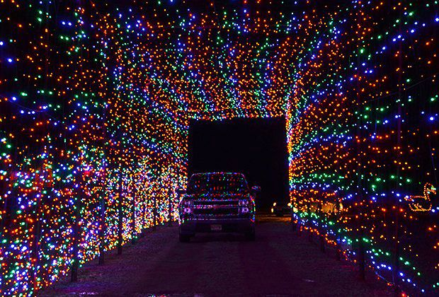 A Drive Thru Light Bonanza At Skylands Stadium Christmas Light Show Mommy Poppins Things To Do With Kids Christmas Light Show Christmas Lights Christmas Light Installation