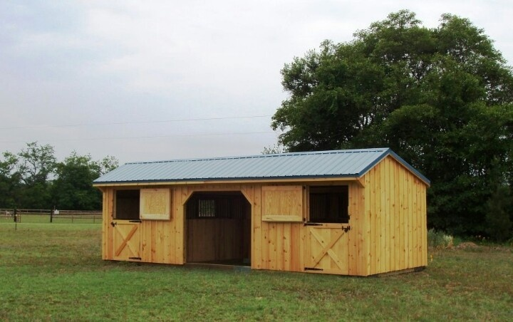 Two stall bard with center aisle like it a lot 2 stall horse barn