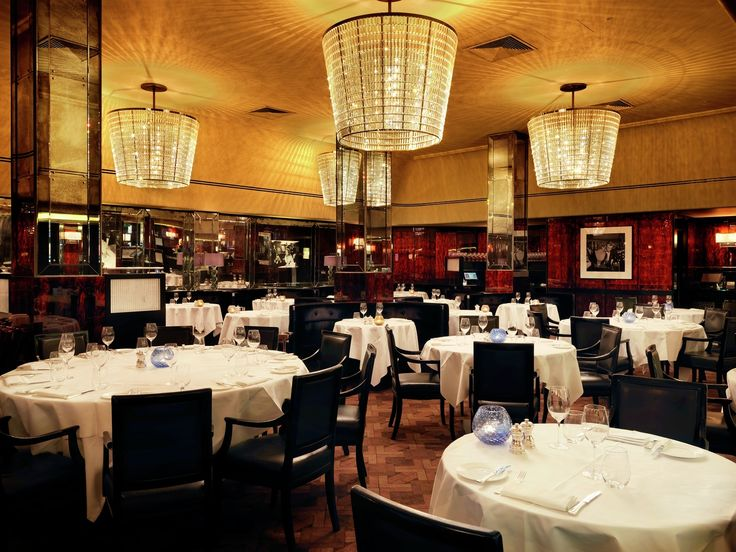 The Savoy Grill has been restored to its former glory and with an elegant 1920's theme, the glamorous, theatrical heritage can be seen throughout. A modern menu made up of classic British and French dishes suitably befits this iconic and historic dining room.