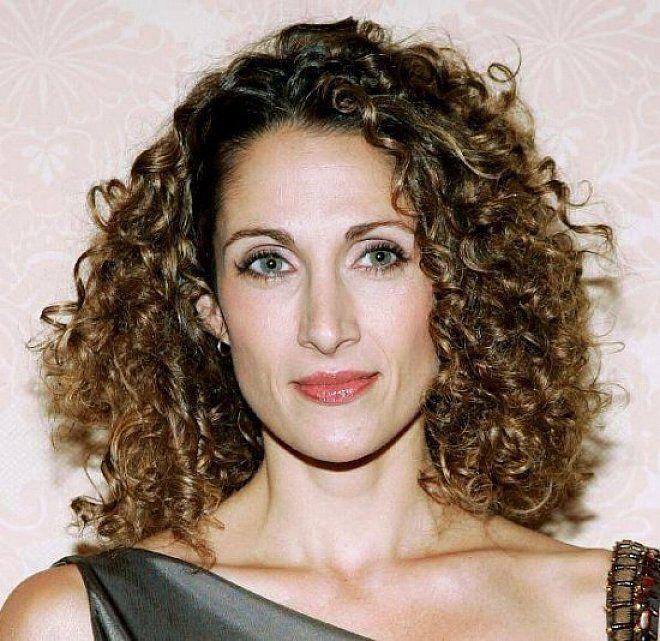 12 best Women\'s medium curly hair styles images on Pinterest