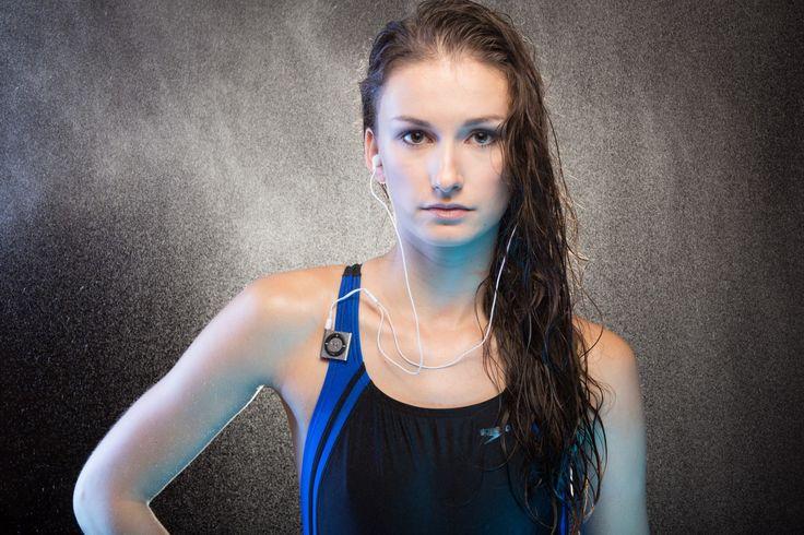 Как уберечь волосы зимой после плавания