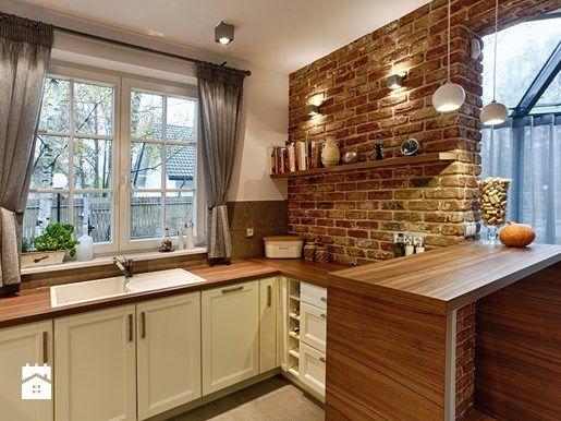 Jak udekorować okno w kuchni? - Homebook.pl