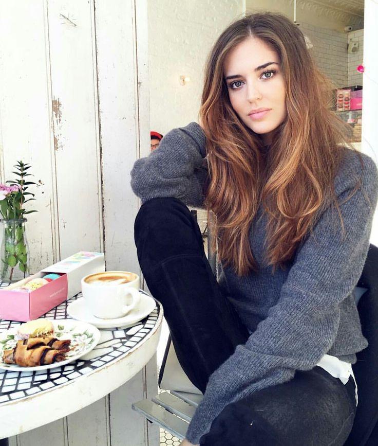 Clara Alonso Hair