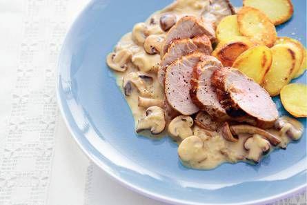 3 Varkenshaas met paddenstoelenroomsaus .jpg ,  Deze Hollandse klassieker verdient een zelfgemaakte saus. Altijd-goed-recept.  De lekkerste resultaten voor paddenstoelenmelange