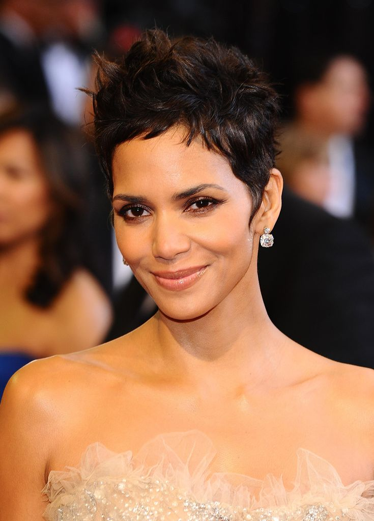 Halle Berry Hairstyles   Halle Berry, Lionsgate, Star Power