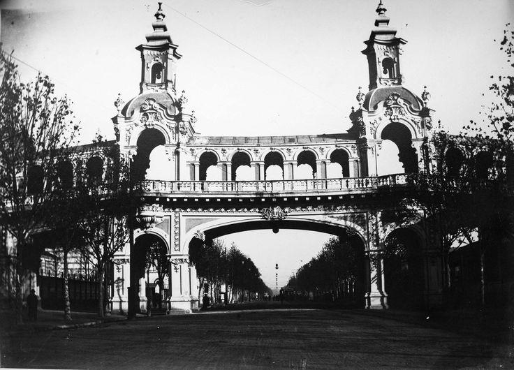 Una mostra di immagini e cimeli storici inerenti le tre esposizioni universali (1884, 1898 e 1911) che si tennero a Torino, con grandissimo successo, prima di Italia '61, il grande evento internazionale organizzato per il Centenario dell'Unità d'Italia.