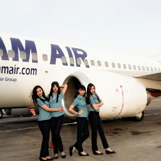 NAM Air stewardess engine crewfie @des_amanda