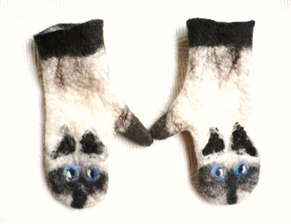 Cat mittens cat felted kitten mittens animal mittens Norwegian wool Cat Mittens Cat Lover Gift Eco friendly Cat Gloves Handmade in Norway Gifts for her  Handmade / felted from norwegian and merino wool (no sewing) Soft ,warm , windproof I make mittens in different size (Order takes about -3-4 days) Size : ( Dia.) XS 15 cm / 6 inches S 18 cm / 7 inches M 20 cm / 8 inches L 23 cm / 9 inches XL 25.5 cm / 10 inches  NB: The original mittens has been sold so new mitte...