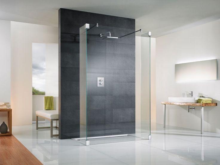 Badgestaltung mit Fliesen und Duschen vom Wolff Fachmarkt