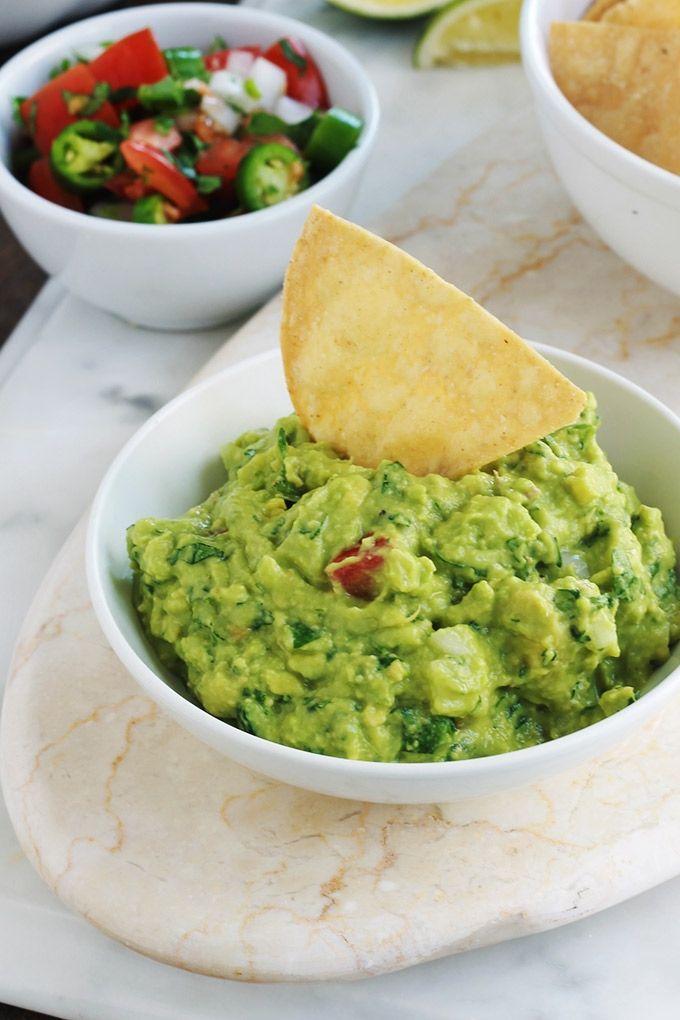 Apprenez comment faire le guacamole traditionnel mexicain. Une recette santé ex…
