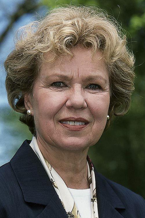 Witta Pohl (* 1. November 1937 in Königsberg (Ostpreußen) † 4. April 2011 in Hamburg) war eine deutsche Schauspielerin.