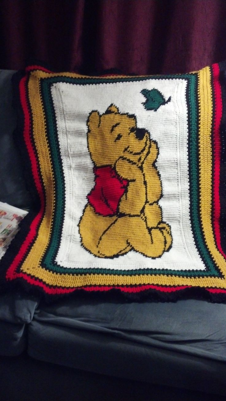 The Winnie the Pooh baby blanket I made for Carmen ...