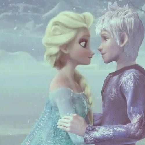 Jelsa- Elsa y Jack Frost by Dannet2096 on deviantART.. Ah, the magic of photo editing. I LOVE this. I ship them so much! I just don't understand why people ship her and Hans...