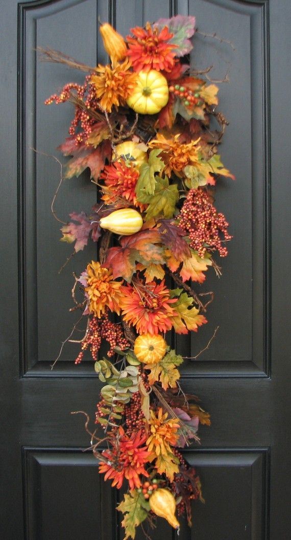 Fall Door Wreath Ideas Part - 39: Welcoming Wreaths ? DIY Home Decor Wreath Ideas - Autumn Harvest Door Swag