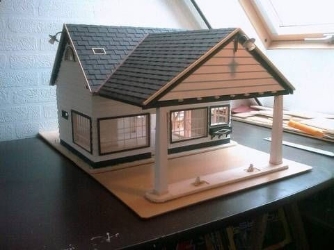 Building a Scale model house Old Gas Station in 1/18 scale -  Alte Tankstelle im Masstab 1/18