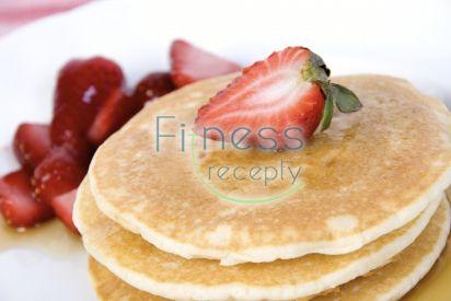 Proteínové palacinky s ovocím