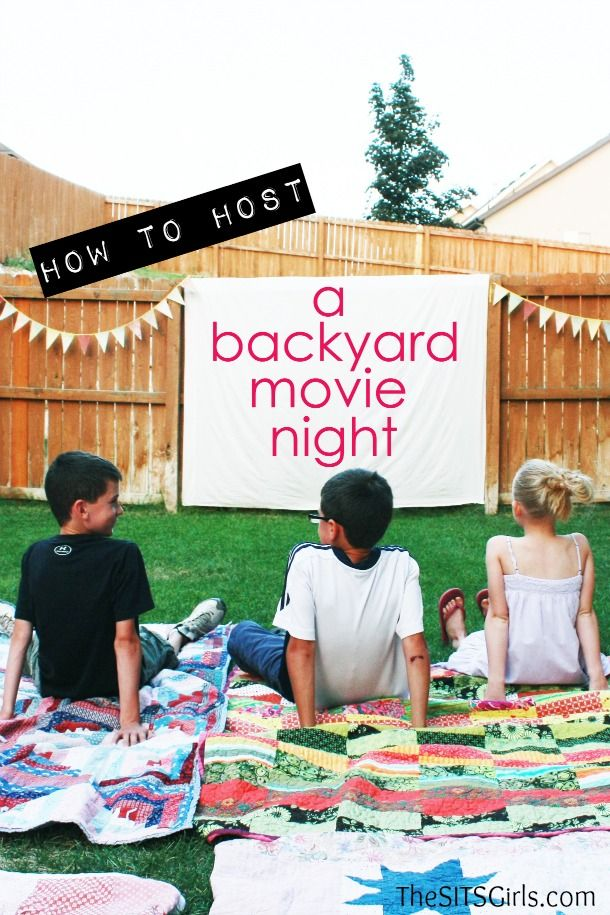 How to Host a Backyard Movie Night - TheSITSGirls.com