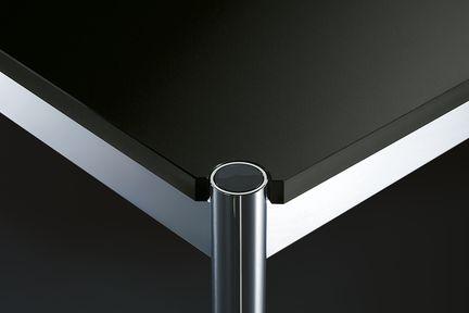 USM Haller Tisch Advanced: Vollständig durchdacht - USM