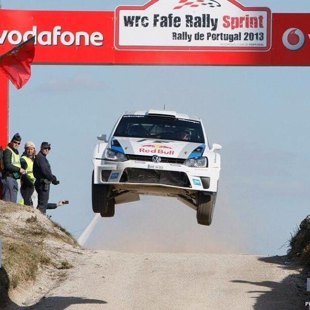 Rally Sprint de Fafe :  Mikkelsen en plein saut !