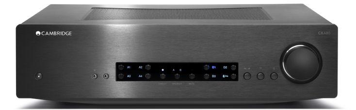 L'amplificatore integrato Cambridge Audio CXA80 sfoggia ben 11 ingressi, tra analogici e digitali, e un collaudatissimo DAC integrato.