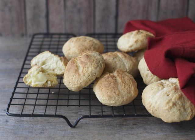 Pan de huevo, receta chilena / Sweet egg bread rolls, Chilean recipe | En mi cocina hoy