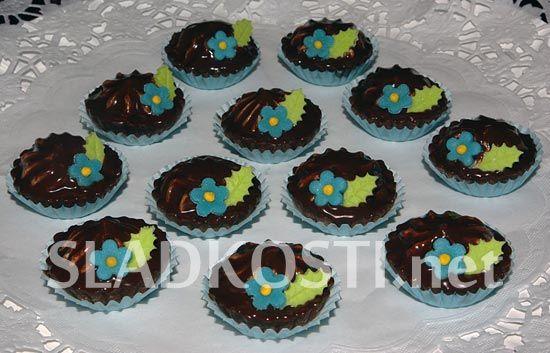 Kakaové košíčky s pomněnkami