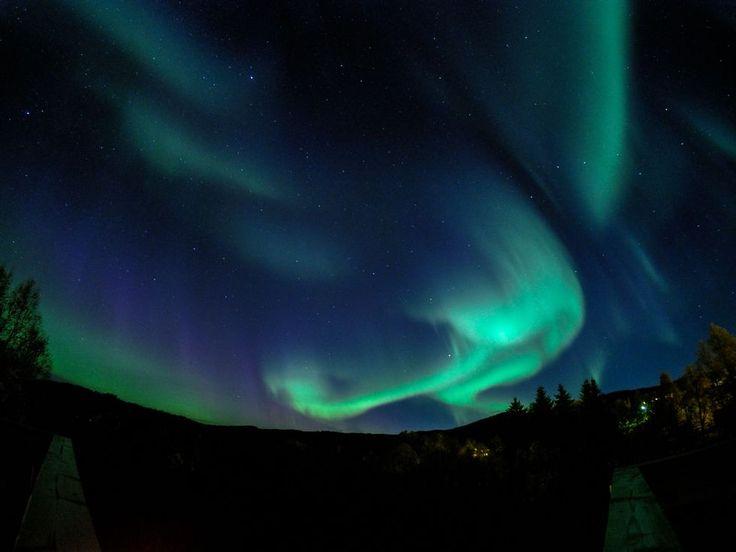 Magisk nordlys over Gartlandrong kommune  (Foto: Adrian Clausen)