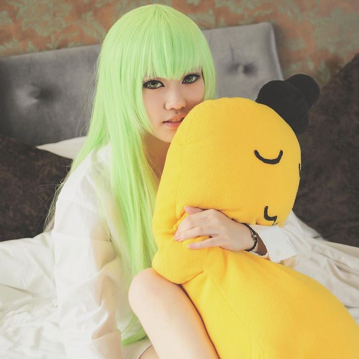 Old photo from four years before.  #cosplay #cc #codegeass #codegeasscosplay #anime #animecosplay #cccosplay #コードギアス 反逆のルルーシュ#clamp