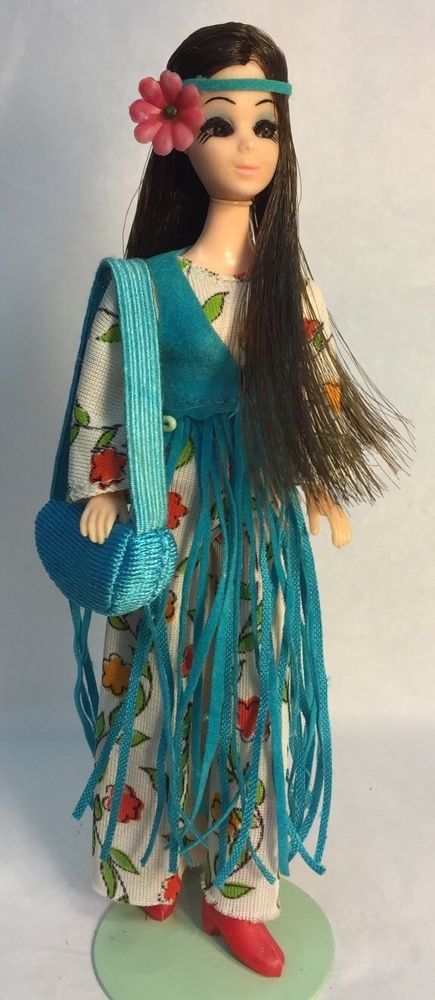 Vintage Topper Dawn Doll Dancing Angie/10 In Rockflowers Fashion w/Accessories