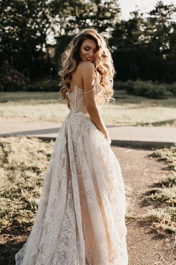 Royal Wedding Dress Lovia With Long Train Princess Wedding Dress
