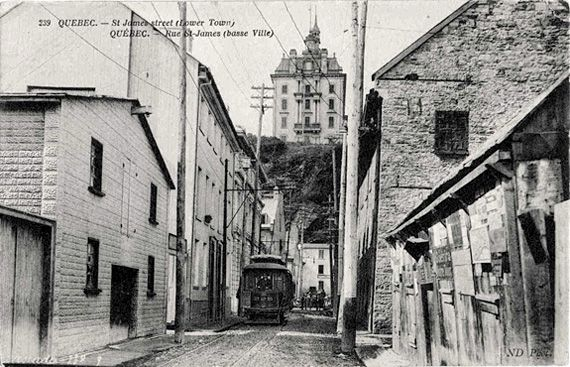Le tramway rue St-James.