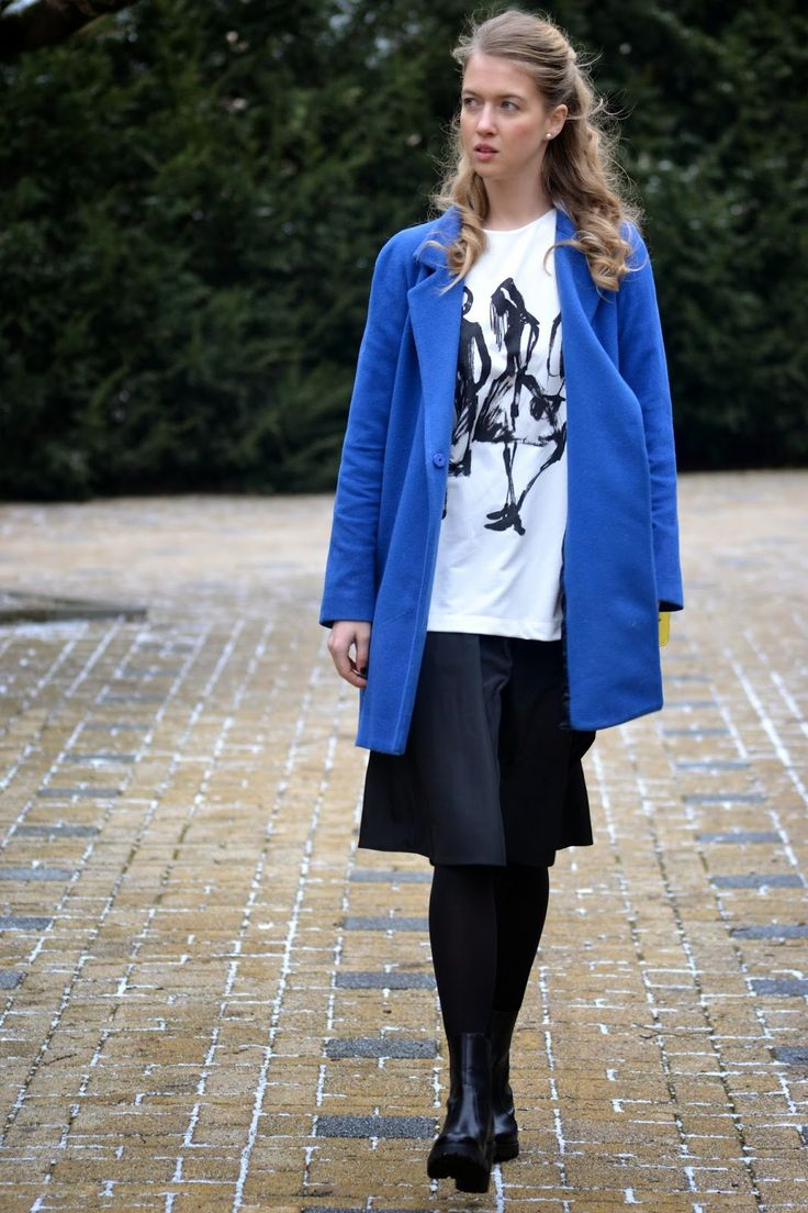 Style of Lucie Redlich: blue coat Mango