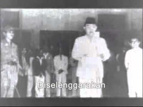 Pembacaan Proklamasi Kemerdekaan Indonesia Oleh Soekarno - Hata pada 17 Agustus 1945