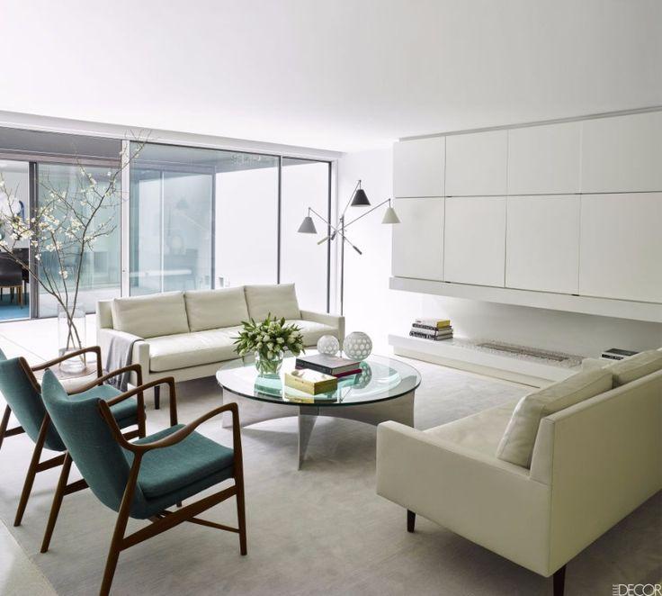 9 Ways To Brighten Up Your Living Room Set With A White Sofa | Modern Sofas. Living Room Ideas. #modernsofas #livingroom #whitesofa Read more: http://modernsofas.eu/2016/12/06/ways-brighten-living-room-set-white-sofa/