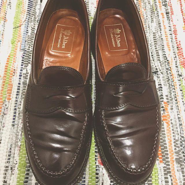 2017/05/02 15:43:08 koki_____17 ALDENのコードバンのローファーを格安で購入しました。リストア品といえど安すぎた。。 オンライン購入でしたがサイズもぴったりで良かった。 GWは天気良さそうだから履いて出掛けます🙌🏻😎 #alden#986#オールデン#ローファー#コードバン#バーガンディー#今日の足元#今日の靴