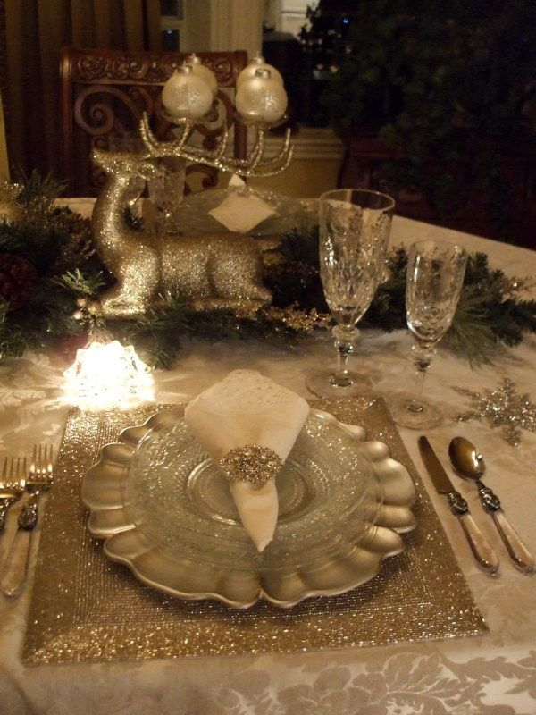 Between Naps on the Porch: Christmas Tablescapes... Welcome to the 71st Tablescape Thursday!