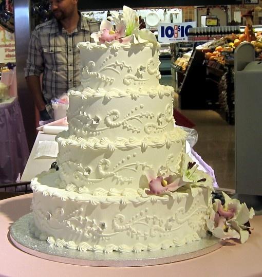 Albertson's wedding cake
