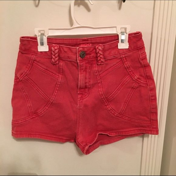 Mer enn 25 bra ideer om Red high waisted shorts på Pinterest ...
