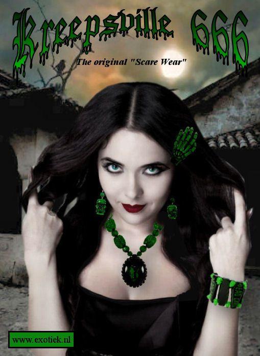 zombie meisje met kreepsville sieraden 3.jpg