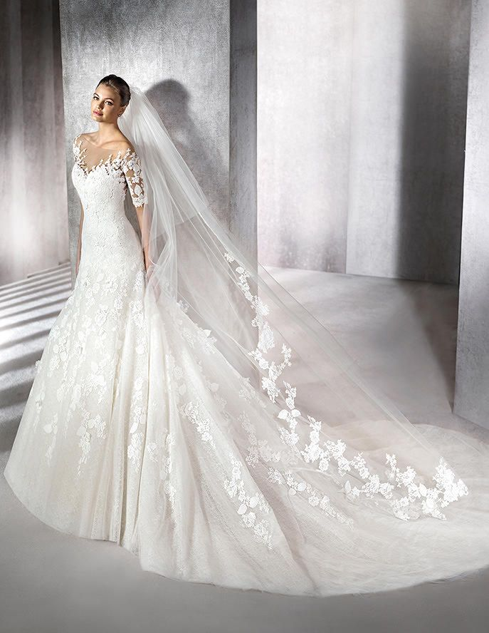Zainal, lace wedding dress, sweetheart neckline